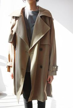 love the easy style of this trench.Perfect for the fall!