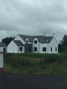 House Designs Ireland, Facade House, Modern Houses, New Builds, Layouts, Irish, Shed, House Ideas, Farmhouse
