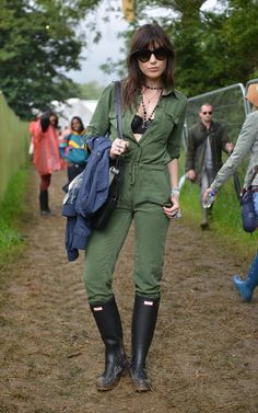 Daisy Lowe wears her hair loose and slightly tousled at Glastonbury Festival 2015.