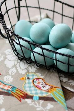 Easter Egg Candy, Easter Egg Dye, No Egg Cookies, Easter Cookies, Low Calorie Recipes, Paleo Recipes, Dye Recipe, Egg Coloring, Blue Eggs