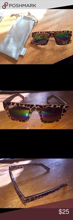 Steve Madden sunglasses Brand new never worn Steve Madden mirrored sunglasses Steve Madden Accessories Sunglasses