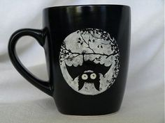 Hrnček: Hanging Bat mug Crackpot Café, Hanging Bat, Cool Mugs, Gothic House, Mug Shots, Tea Mugs, Mug Cup, Halloween, Coffee Cups