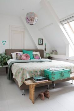 Bedroom decor - Fabulous Feminine Scandinvian Style In A Remodelled Church