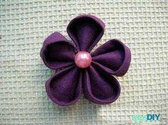 DIY cloth art-plum blossom brooch   (go to page one)