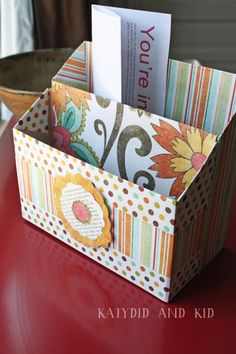DIY Stationary organizer. I think this would be perfect for organizing mail or a cluttered desk! And customizable, too!