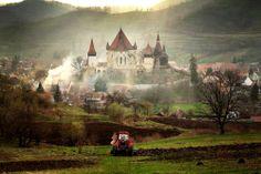 Transylvania, Romania So spooky it's beautiful. Beautiful Places To Visit, Beautiful Beaches, Romanian Castles, Places To Travel, Places To See, Sibiu Romania, Famous Castles, Walt Disney World Vacations, Beach Resorts