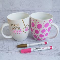 Easy DIY Gift: Decorate a Mug With a Sharpie: Do you have a plain, boring mug that needs a bit of spicing up?