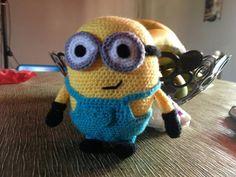 Patron Minion Amigurumi : Minion niña en crochet mis amigurumi pinterest amigurumi