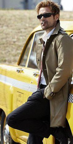 Matt Ryan as Constantine is so fuckin AWESOME! Matt Ryan Constantine, Constantine Hellblazer, Marvel Dc, Dc Comics, Justice League Dark, Movies And Series, Dc Legends Of Tomorrow, Batman Vs Superman, Dc Universe