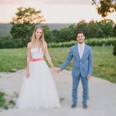 Lässige Gartenhochzeit in Pastell von Thomas Steibl Photography | Hochzeitsblog - The Little Wedding Corner
