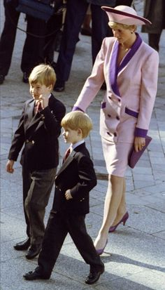 In October, 1990 Harry joined his mother and brother for his first official function.  He attended a memorial service at St. Paul's Cathedral for the 1,002 firefighters who died in the Blitz.