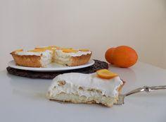 Perfetta come dessert del dopo pranzo o cena,per coccolarvi durante la giornata o come dolce da offrire agli ospiti,la crostata golosa all'arancia è uno di quei dolci che non potete perdere...