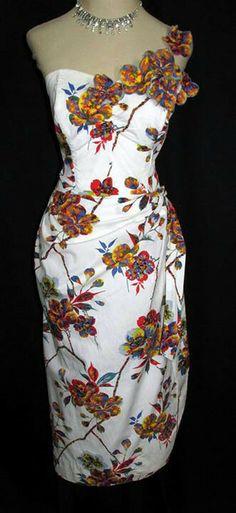 Vintage Style Dresses, Vintage Outfits, Vintage Fashion, Pin Up Dresses, Sun Dresses, Tiki Dress, Hawaiian Fashion, Sarong Dress, Sewing Courses