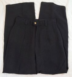 Tommy Bahama Silk Pleated Navy Womens Dress Pants Size 4 (P20#1349) #TommyBahama #DressPants Tommy Bahama, Dress Pants, Pants For Women, Blazer, Silk, Navy, Clothing, Jackets, Dresses