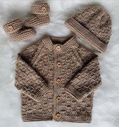 Thomas Baby cardigan, hat & booties knitting pattern suitable for & . : Thomas Baby cardigan, hat & booties knitting pattern suitable for & …, # Baby Boy Knitting Patterns, Baby Sweater Patterns, Christmas Knitting Patterns, Knitting For Kids, Knitting For Beginners, Baby Patterns, Knit Patterns, Free Knitting, Knitting Ideas