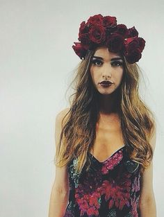 Love the dark lips to match the dark flower crown