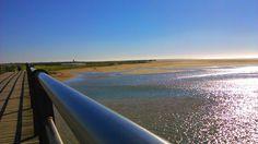Playa de los Bateles, puente sobre el río Salado,Conil. ..