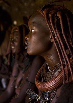 Himba Women Inside Their Hut, Epupa, Namibia © Eric Lafforgue Tribal People, Tribal Women, African Tribes, African Women, Black Is Beautiful, Beautiful People, Himba Girl, Himba People, African Image