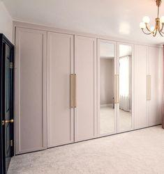 Master Bedroom Wardrobe Designs, Bedroom Closet Design, Wardrobe Interior Design, Wardrobe Room, Master Bedroom Closet, Closet Designs, Home Room Design, Home Interior Design, Wardrobe Ideas