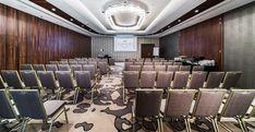 Sale konferencyjne Zorganizowanie konferencji, nawet niedużej, to spore wyzwanie, wymagające niekiedy pracy wielu ludzi. Trzeba mieć również świadomość tego, że wszystko niejednokrotnie zajmie dużo czasu, w przypadku konferencji z...