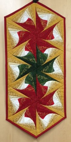 Twisted Log Cabin Christmas Table Runner