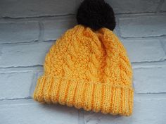 baby beanie hat/baby pom pom hat/cable knit baby hat/christmas