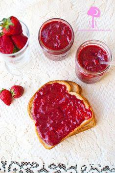 Crock Pot Rhubarb Strawberry Jam