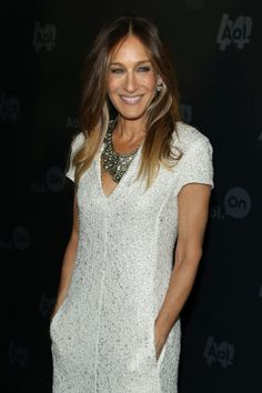 Sarah Jessica Parker is our newest Guest Editor! Click to read all about her springtime must-haves.