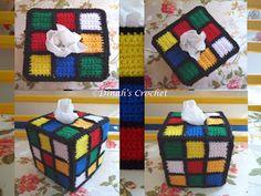 Ada 5 permukaan segi empat. Bahagian bawah (tapak kotak), dibiarkan kosong. Setiap permukaan mempunyai 9 pcs square kecil, kecuali bahagi...