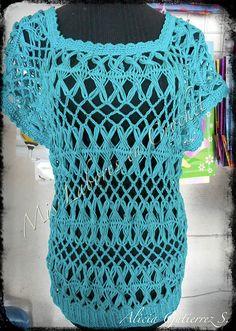 Blusa tejida en horquillas, crochet y dos agujas.