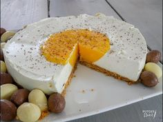 Philadelphia paasei cheesecake met mango Philadelphia Easter egg cheesecake with mango Best Cheesecake, Cheesecake Recipes, Caramel Cheesecake, No Bake Desserts, Dessert Recipes, Cute Easter Desserts, Sweet Cupcakes, Strawberry Desserts, Gluten Free Chocolate