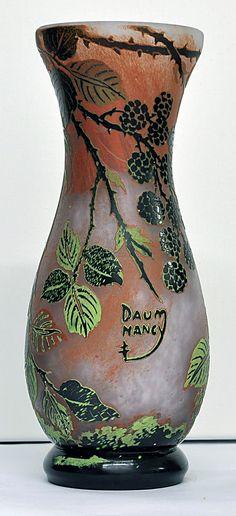 Daum Nancy Vases   Daum Nancy Glassware V-MA 2209 D3