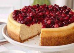 Ocho formas de gozar de un 'cheese cake' 'Cheesecake' con canela y glaseado de arándanos: Sobre advertencia no hay engaño y te advertimos que este pastel es una de las recetas más adictivas de 'cheese cake'.