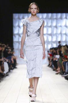 Nina Ricci Ready To Wear Spring Summer 2015 Paris