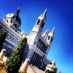 Catedral de la Almudena ( Madrid )