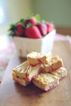 Peanut Butter and Jelly Protein Bars #recipe #dessert