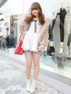 Street Girl, Tokyo Street Style, Tokyo Streets, Harajuku, Street Fashion, Creative, Beauty, Girls, Urban Fashion