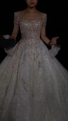 Extravagant Wedding Dresses, Boho Chic Wedding Dress, Dream Wedding Dresses, Wedding Dress Bustle, Ball Gown Dresses, Bridal Dresses, Pretty Dresses, Beautiful Dresses, Fairytale Dress