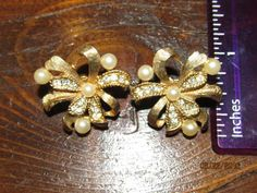 Vintage Signed Marvella Clip On Earrings Ribbons with Pearls & Crystal…