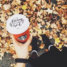 Starbucks and fall leaves Autumn Cozy, Fall Winter, Autumn Feeling, Autumn Coffee, Fall Inspiration, Autumn Photography, Autumn Aesthetic Photography, Hello Autumn, Photo Instagram