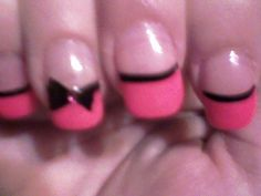pink tip with black bow