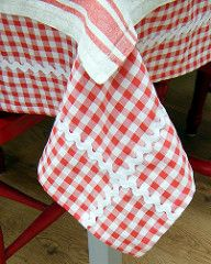 Red and White Gingham Tablecloth | por Hand Knitted Things