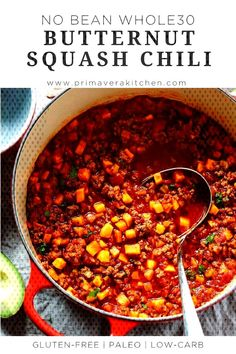 This No Bean Butternut Squash Chili is a perfect recipe to indulge yourself with this fall. Its thick rich and hearty and also healthy low carb paleo and gluten free. Paleo Chili, Paleo Soup, Paleo Food List, Paleo Recipes, Paleo Bread, Grilling Recipes, Slow Cooker Recipes, Whole30, Butternut Squash Chili