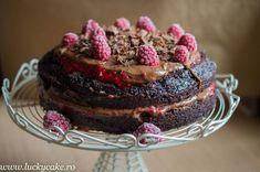 Chocolate Raspberry Cake, Vegan Chocolate, Lucky Cake, Vegan Cake, Fondant, Desserts, Food, Cakes, Tailgate Desserts
