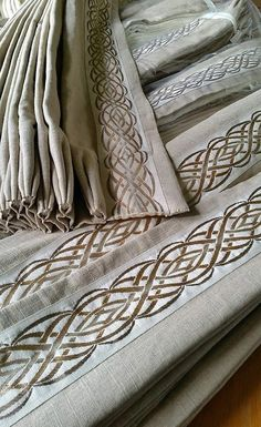 An embroidered tape really takes linen drapes to the next level! House Windows, Blinds For Windows, Curtains With Blinds, Hallway Curtains, Window Molding Trim, Wooden Window Blinds, Drapery Designs, Made To Measure Curtains, Custom Window Treatments