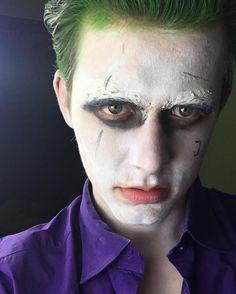 Noch ein Bild von Halloween  habt ihr das Video zum Kostüm schon gesehen? Link in meiner Bio!  ich hoffe euch gefällt es auch wenn es was ganz anderes ist als sonst und ihr gebt einen   #Halloween #Joker #suicidésquad #makeup #cosplay #mrJ
