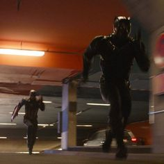 """New Details on the 'Civil War' Chase Scene  The LATimes has provided us with a description of some new """"Captain America: Civil War"""" footage showcased at a Disney shareholder meeting today!"""