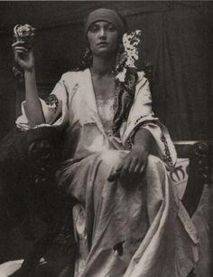 alphonse mucha photo study 1919