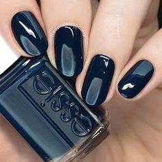 Kollektion Essie Herbst 2018 >> Nail Polish Society - Nail for you - Essie Nail Polish Colors, Fall Nail Colors, Shellac Nails, Essie Colors, Gray Polish, Colorful Nail Designs, Fall Nail Designs, Art Designs, Hot Nails