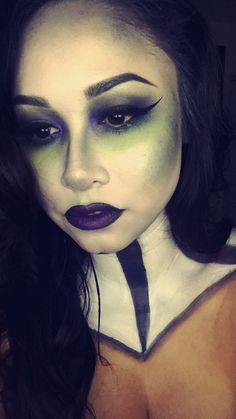 Beetlejuice 🧟♀️ makeup and body paint created by myself (Products used: MAC, Mehron, Urban Decay, BH cosmetics and most importantly. the eyeliner, elf cosmetics 🕷 ) Thank you for pinning 💚 Halloween Christmas, Spooky Halloween, Halloween 2017, Spooky Scary, Halloween Treats, Halloween Party, Halloween Costumes, Beetlejuice Makeup, Beetlejuice Costume